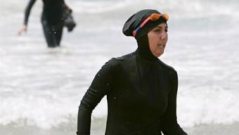 Eine Muslima im Burkini: Bald auch in Frankreich üblich? TIM WIMBORNE / Reuters