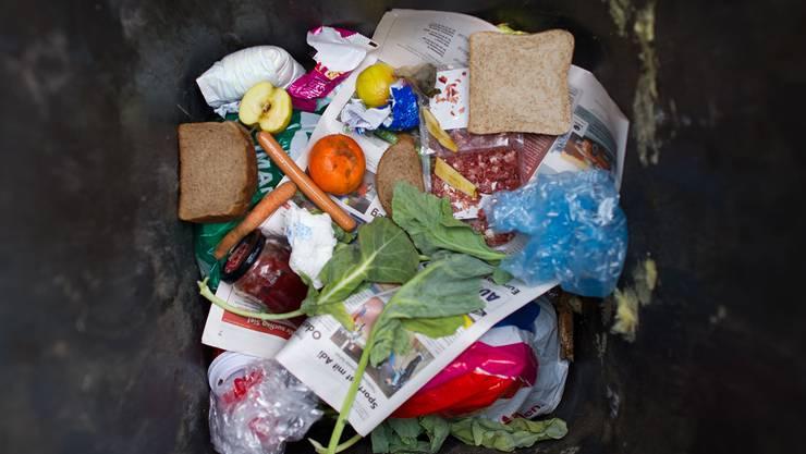 Zu oft wandern heute geniessbare Lebensmittel in den Abfall – auch bei uns