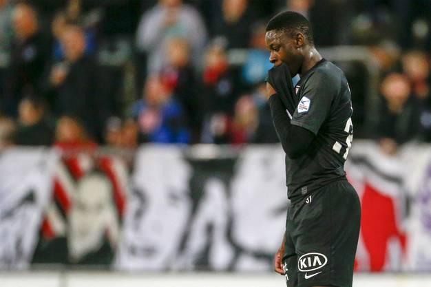 Auch der Torschütze zum 3:1 Yvan Alounga kann es nicht glauben.