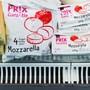 «Dörfs es bitzeli billiger si?»: Coop will in Zukunft rund 600 Artikel der Tiefpreis-Linie «Prix Garantie» anbieten. Heute sind es 500. Christian Beutler/Keystone