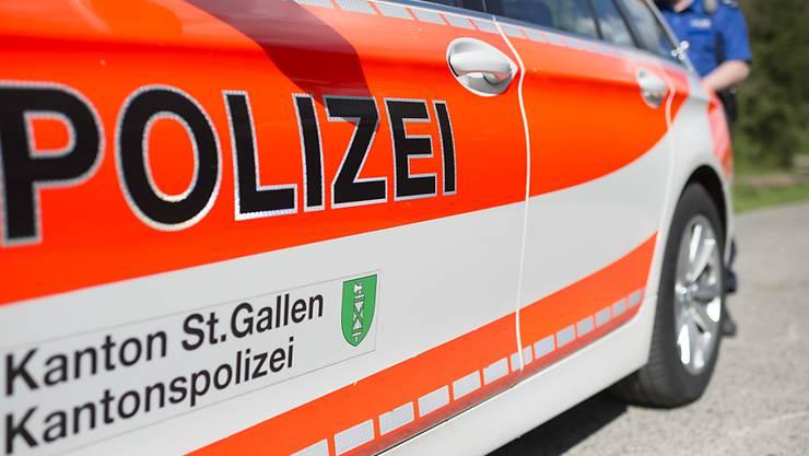 Die Polizei im Kanton St. Gallen war in der Neujahrsnacht stark gefordert. (Symbolbild)