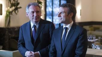 Will Emmanuel Macron (rechts) den Weg in den Elysée-Palast ebnen: François Bayrou mit seiner Mitte-Bewegung MoDem (Mouvement démocrate).