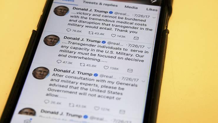"""""""Enorme Kosten und eine Störung"""": US-Präsident Donald Trump gibt im Juli via Twitter bekannt, dass er keine Transgender-Menschen im Militärdienst will. (Archivbild)"""