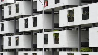 Eine Wohnüberbauung, an der Paul-Clairmont-Strasse in Zürich.