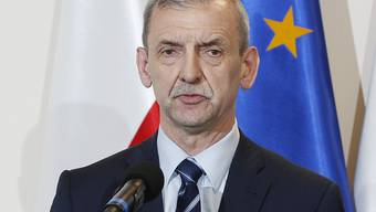 Gewerkschaftschef Slawomir Broniarz (im Bild) erklärte am Donnerstag, dass der mehr als zwei Wochen andauernde landesweite Streik polnischer Lehrer  unterbrochen werde. Im Herbst nach den Abiturprüfungen soll er aber fortgesetzt werden.