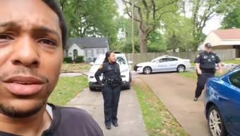Das Video, das Michael Hayes von seiner bizarren Begegnung mit der Nachbarin ins Netz stellte, ging kurz darauf viral.