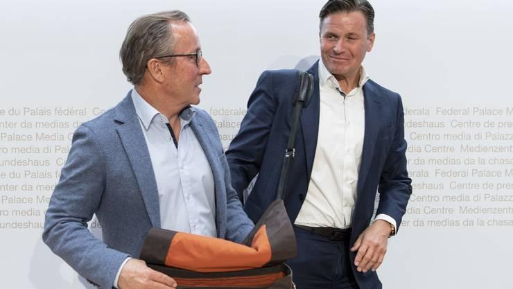 Nach den Streitigkeiten um die Finanzierung des Lauberhornrennens zeigen sich Swiss-Ski-Präsident Urs Lehmann (rechts) und OK-Chef Urs Näpflin jüngst wieder als harmonisierendes Duo.