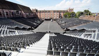 Wenn die Sonne glüht, sind ihr in der Arena 8000 Zuschauer ausgesetzt. Nicht alle sind sich der Situation bewusst und bereiten sich zu wenig vor.