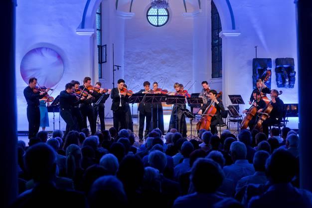 Der Boswiler Sommer bringt musikalischen (hier Konzert mit Chaarts in der Alten Kirche) und kulinarischen Genuss zusammen.