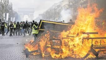 Am vergangenen Samstag konnten sich die Gelbwesten auf den Champs-Elysées austoben. Das soll nun aufhören.