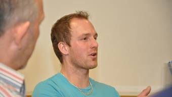 Dominik Zumsteg, Brunnenmeister der Fusionsgemeinde Mettauertal, tauschte sich mit einer Arbeitsgruppe des Projekts BEEH aus.