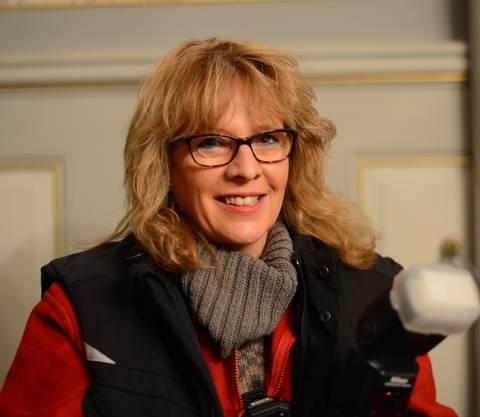 Das ist Anita Voser, Geisterjägerin und Vorstandsmitglied des Vereins Ghosthunters Schweiz.