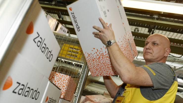 Der Online- und Versandhandel macht mittlerweile 7,5 Prozent des gesamten Detailhandelsumsatzes in der Schweiz aus.