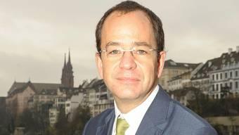 Der Basler FDP-Präsident Daniel Stolz wird von seinen Vorgängern Urs Schweizer und Michael Pfeifer kritisiert.