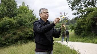 Thomas Schwaller erklärt, was Biodiversität bewirken kann.