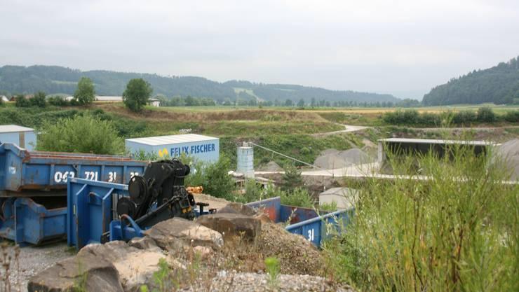 Blick auf die bestehende Kiesgrube der Fischer Kies AG.