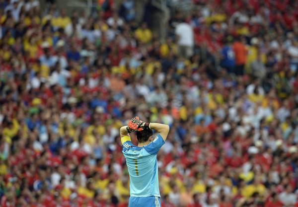 Iker Casillas verwirft die Arme
