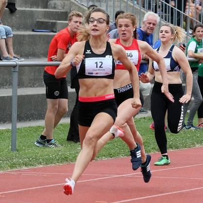 Michelle Gloor läuft in Zürich über 60m 7.68 und stellt damit den U20 Vereinsrekord von Majella Hauri aus dem Jahre 2014 ein!