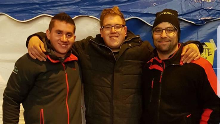 Reto Bruderer, Ivan Bühler und Adrian Hersperger (von links) sind enttäuscht. «Es macht lärmtechnisch doch keinen Unterschied, ob 100 oder 500 Leute bei 93 Dezibel feiern», sagt Bühler.