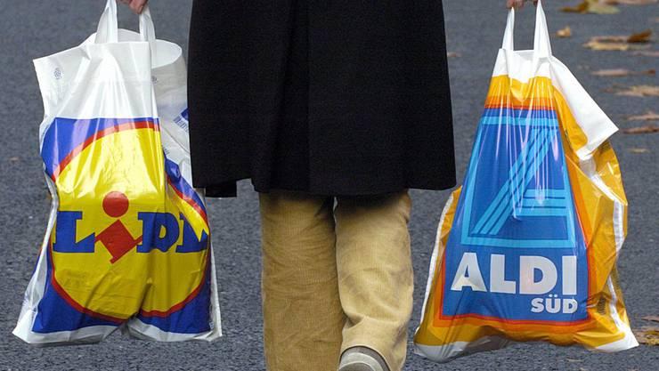 Schweizer Einkaufstouristen gehen in Scharen nach Deutschland einkaufen – und kennen die neuen Zollrichtlinien nicht (Symbolbild).