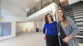 Nathalie (links) und Janine Gmür eröffnen Anfang März ihr Studio Downtown Yoga an der Hauptgasse 21 in Olten.