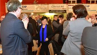 Dankbarer Applaus für die, die «es macht»: Marianne Meister nach der Nomination durch die FDP-Delegierten.