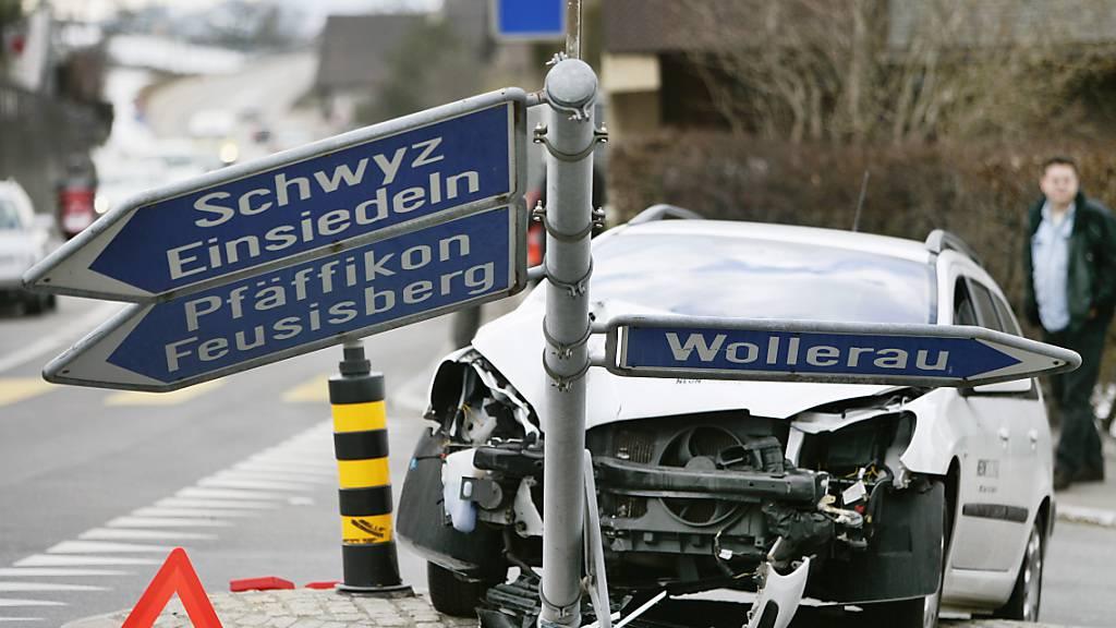 Die Zahl der tödlichen Verkehrsunfälle hat im vergangenen Jahr wieder zugenommen. (Archivbild)