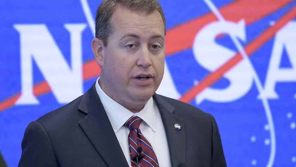 Die US-Raumfahrtbehörde Nasa will Touristen ab 2020 auf der Raumstation ISS beherbergen. Das sagte Finanzchef Jeff DeWit am Freitag vor den Medien in New York.