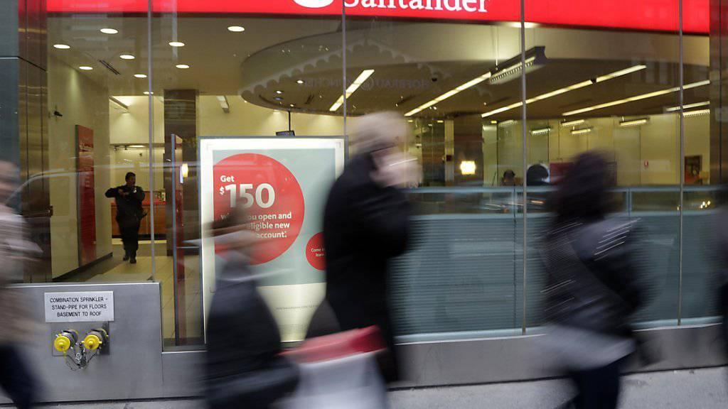 Spanischer Finanzkonzern Santander kauft in Portugal ein. (Symbolbild)