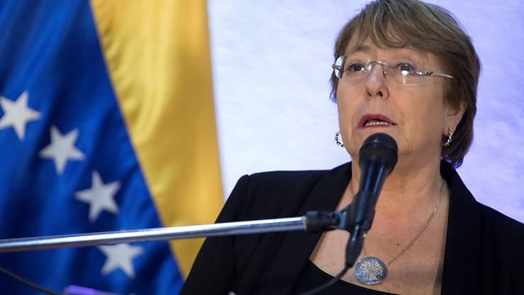 Uno-Menschenrechtskommissarin Michelle Bachelet hat die Regierung von Venezuela aufgefordert, die schweren Menschenrechtsverletzungen in dem südamerikanischen Land zu beenden.