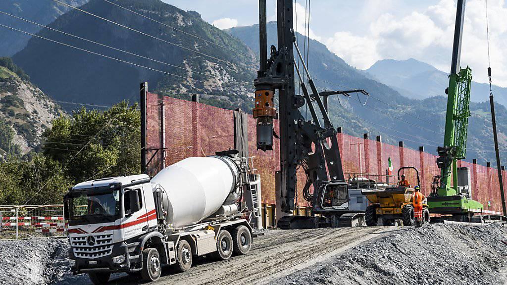 Die Schweizer Baukonjunktur kühlt sich ab. Im Sommer fiel der Bauindex auf den tiefsten Stand seit zwei Jahren. (Symbolbild)