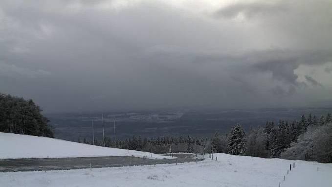 Erster Schnee auf dem Grenchenberg.