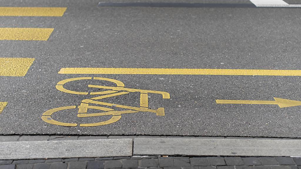 In Kreuzlingen TG sind zwei Velofahrer auf dem Radweg kollidiert. (Symbolbild)