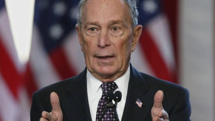 Präsidentschaftskandidat Bloomberg will Investitionen in die Gesundheitsversorgung, Infrastruktur und Bildung sowie für den Kampf gegen den Klimawandel durch höhere Steuern für Reiche finanzieren.