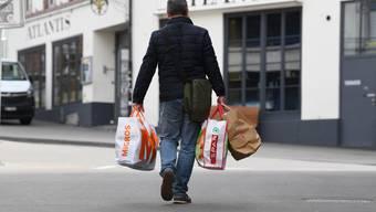 Das Helfer-Fieber und seine Schattenseiten: In Basel explodieren die Angebote