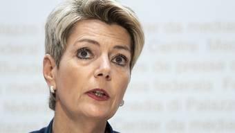 Justizministerin Karin Keller-Sutter rügt die Basler Regierung.