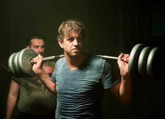 Jonathan Loosli in «Dinu». Fürs Schwingen musste er hart trainieren.