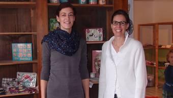 Cositas-Gründerinnen Jeannine Fankhauser (links) und Sabrina Basler in ihrem Laden. Luisa Bider.