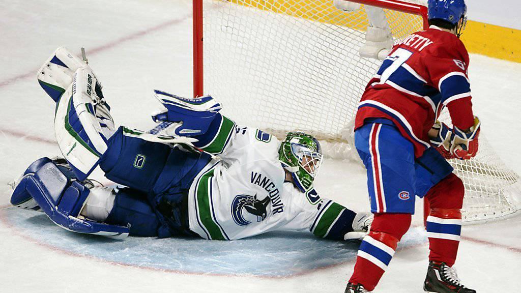 Montreal Canadiens Flügelstürmer Max Pacioretty gelingt gegen Canucks-Goalie Jacob Markstrom im Mitteldrittel der 2:3-Anschlusstreffer