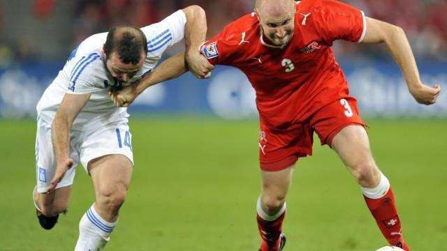 Ludovic Magnin wechselt auch im Hinblick auf die WM 2010 in die Schweiz zurück