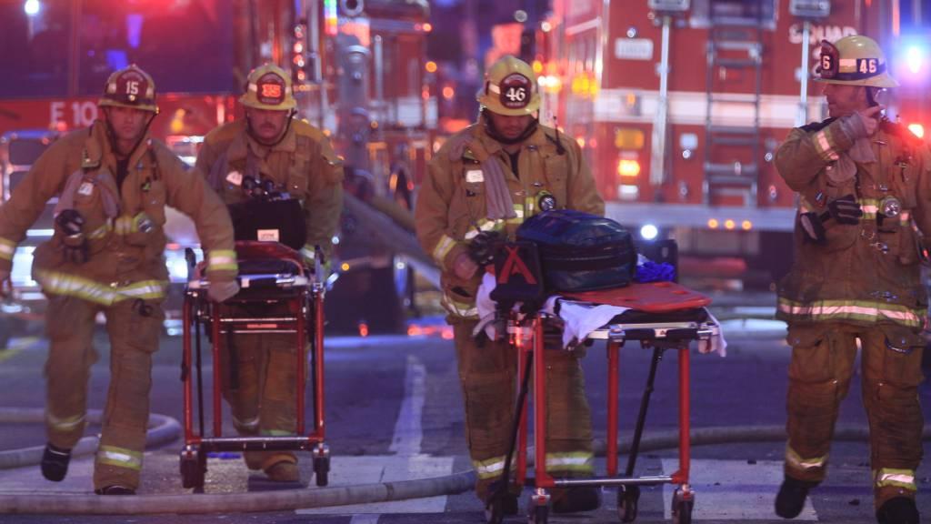 Elf Feuerwehrleute bei einem Grossfeuer in Los Angeles verletzt