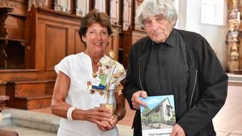 Margrit Kappeler und Paul Gugelmann freuen sich über das neue Buch.