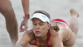 Trotz grossem Kampf ausgeschieden: Die Schweizer Beachvolleyballerinnen Nadine Zumkehr (Bild) und Joana Heidrich unterlagen den topgesetzten Brasilianerinnen