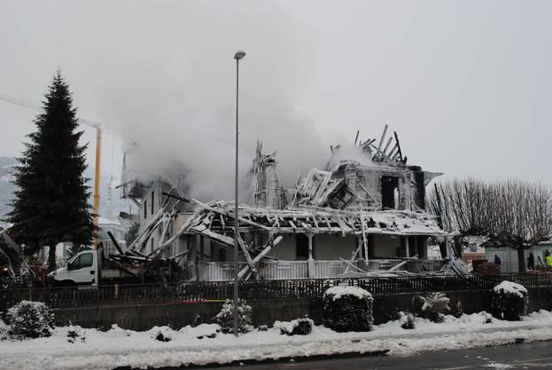 Nach der Brandnacht wurde rasch klar, dass das Feuer gelegt worden war.