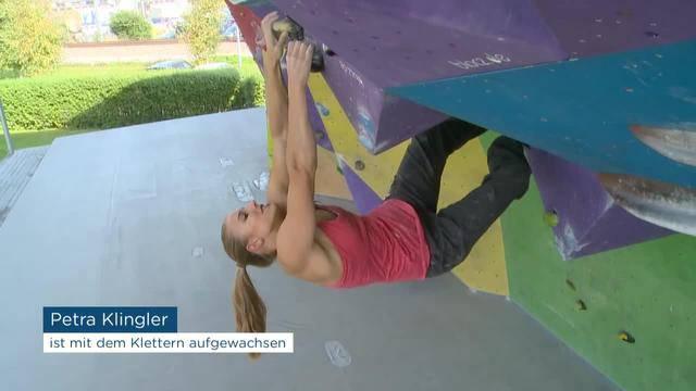 Petra Klingler klettert ohne Seil an die Spitze