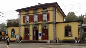 Der Bahnhof Rheinfelden soll rückwärtig neu erschlossen werden. (Archiv)