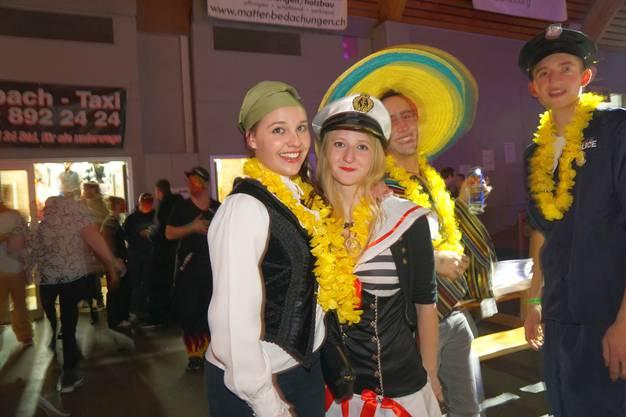 Piratin und Kapitänin tragen ihr Outfit an der Schlossgeischter Nacht nicht zum ersten Mal.