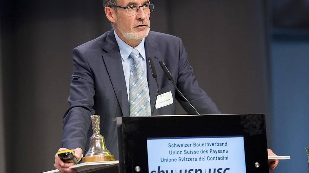 Jacques Bourgeois, Direktor des Schweizerischen Bauernverbandes, unterstützt die Kürzung von Direktzahlungen, um Tierquälerei zu bestrafen. (Archiv)
