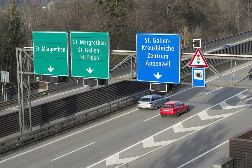 Stauschwerpunkt Kreuzbleiche: Noch rollt der Verkehr. (Bild: Tagblatt/Ralph Ribi)