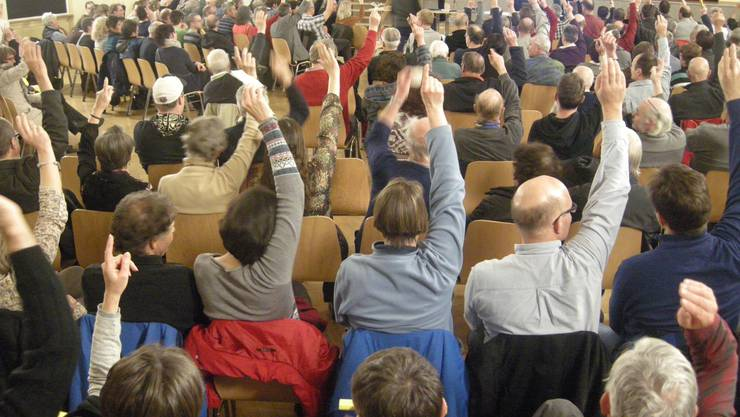 Die entscheidende Abstimmung zum Fusionsvorvertrag in Derendingen.